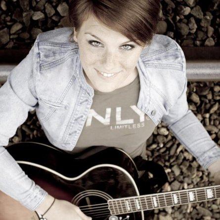 Amanda Lock & Band