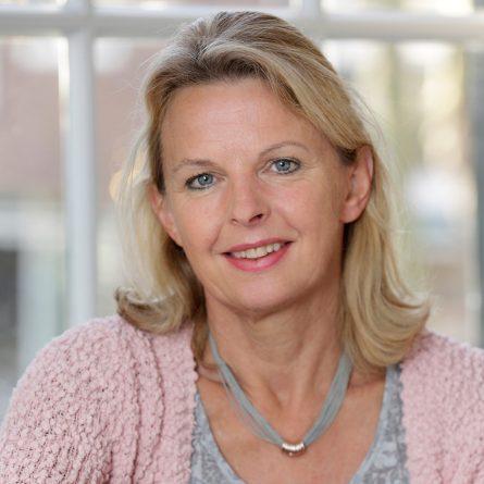 Agnes Huizenga